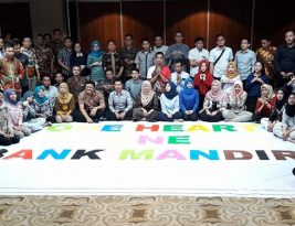 "Inspirational Session dan In Bound Games ""Becoming a High Achiever"" di Bank Mandiri"